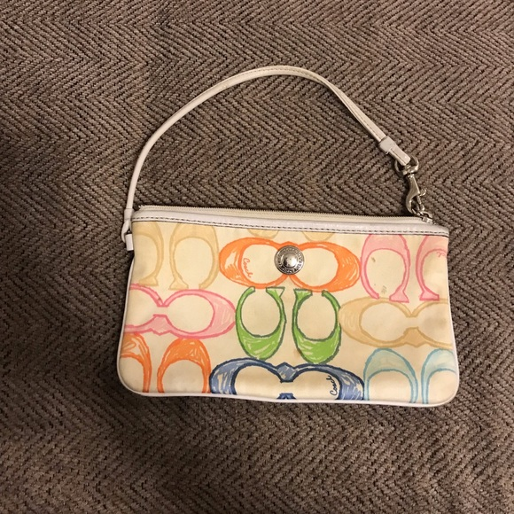 Coach Handbags - ➡️free w/ purchase ⬅️Coach Colorful wristlet
